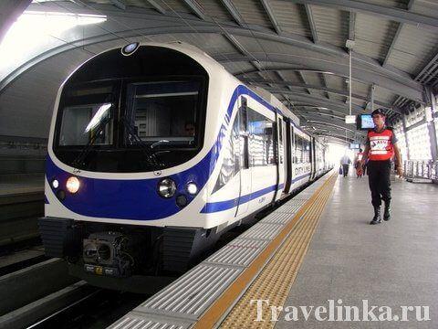 Підземне метро MRT в Бангкоку