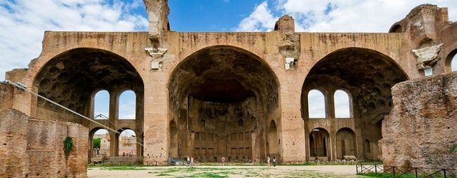 Базиліка максенція і костянтина в римі, італія. Реконструкція і план базиліки. Basilica di massenzio на фото. »Карта мандрівника