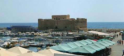 Острів Кіпр. Середньовічний замок в Пафосі