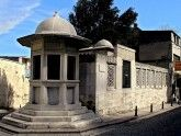 Dostoprimechatelnosti-Stambul-Grobnisa-Sinana