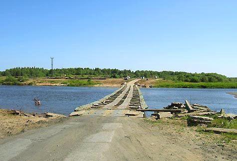 Понтонний міст через Сисоли на Яснег