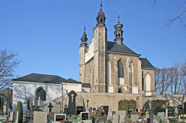 Цвинтарний костел Всіх Святих (kaple V ech svat ch)