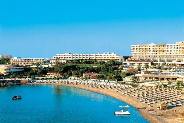 Власний пляж готелю