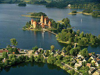Озера латвії: рибалка, відпочинок, розваги.