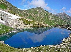 Озеро семицвітні в карачаєво-черкесії
